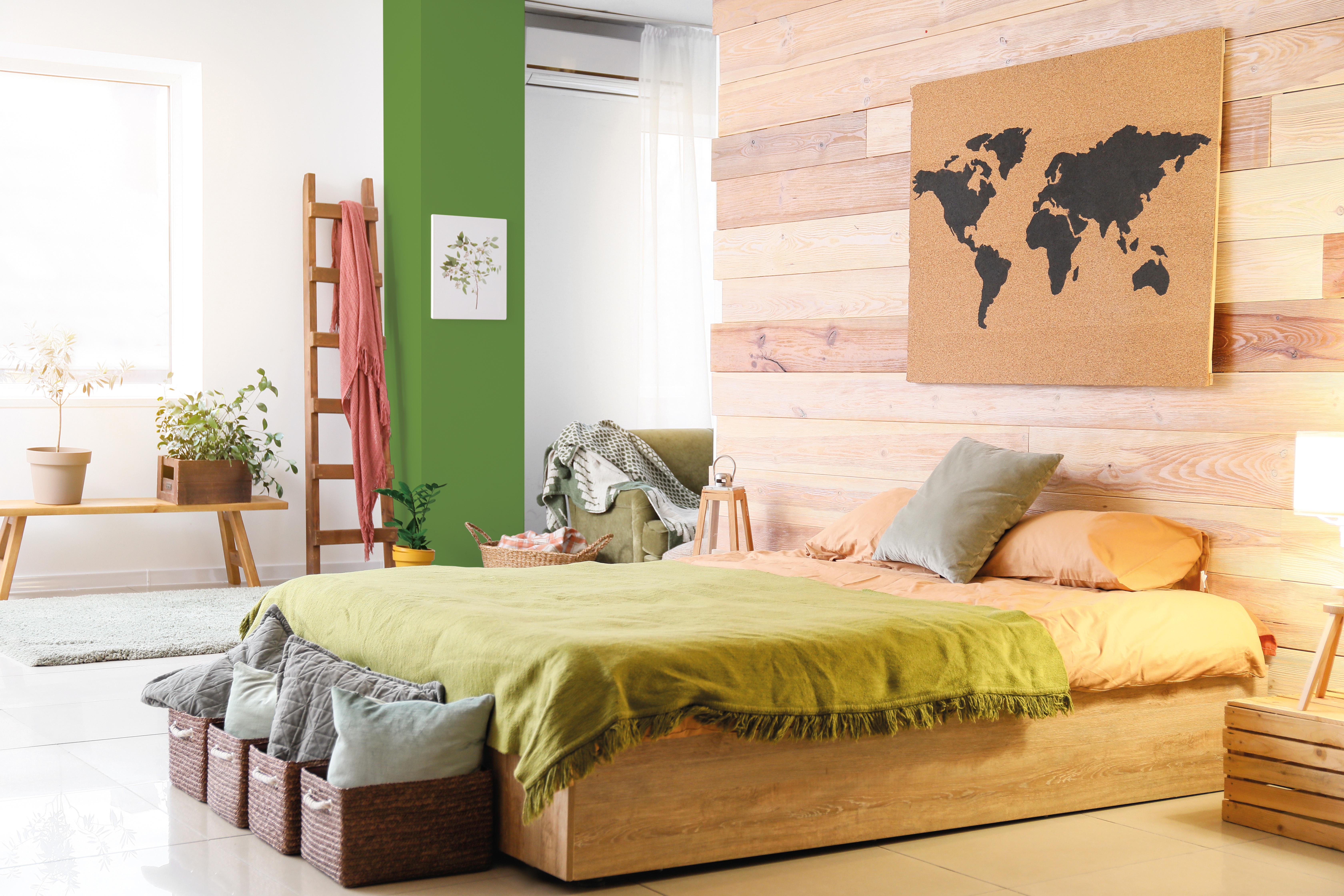 Chambre à coucher, mise en valeur par notre vert pomme IRISH GREEN - N°2004 Peintures 1825