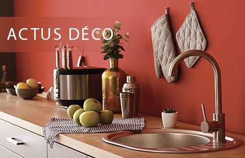 Catégorie Actus Déco de Peintures 1825. Visuel d'une cuisine moderne avec notre teinte rouge vif Coccinelle - N°1871